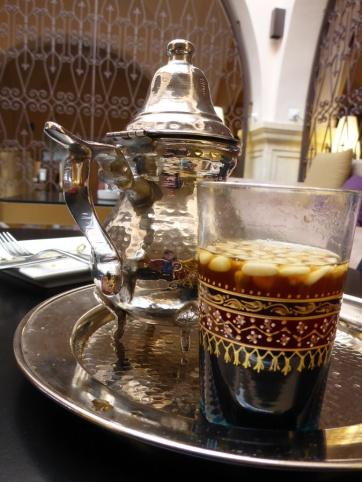 Un thé aux pignons