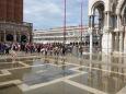 L'aqua alta place San marco