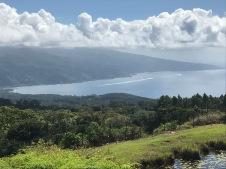 Vue de Tahiti Iti de la presqu'île, droite