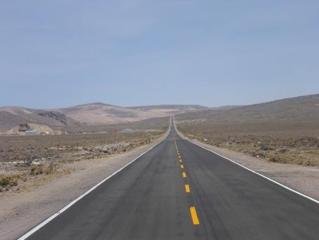 La route est belle... et droite !
