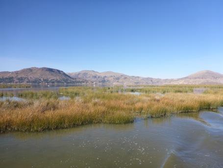 Le chenal de sortie de Puno