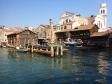 Venise chantier naval pour gondoles