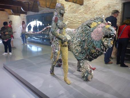 Expo Damien Hirst la femme et le lion