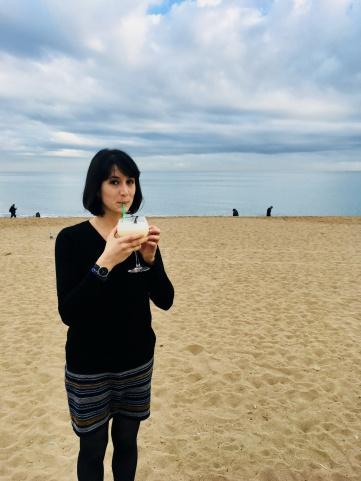 Math et sa Pina Colada sur la plage de Barceloneta