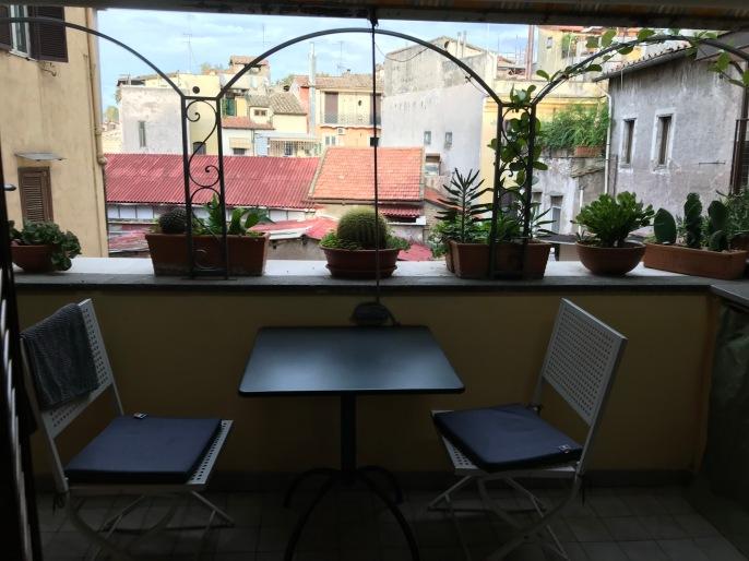 extérieur 2 coté cuisine
