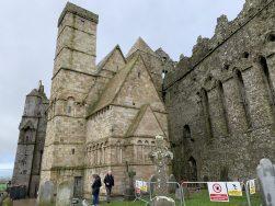Cashel La cathédrale et la chapelle