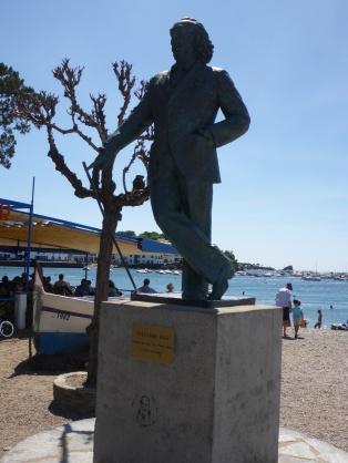 Cadaqués statue de Salvator Dali
