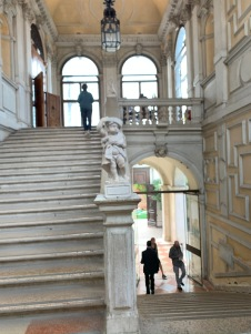 Ca'Rezzonico grand escalier