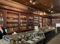 Le musée de la pharmacie Le musée de la pharmacie